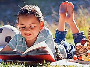kids-reading-poetry